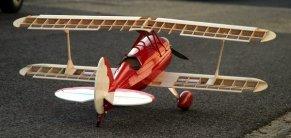 Első szárnypróbák